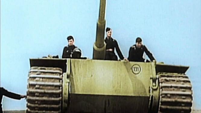 """Video: """"Vòng cung Kursk"""" – trận chiến tăng kinh điển nhất trong lịch sử nhân loại"""