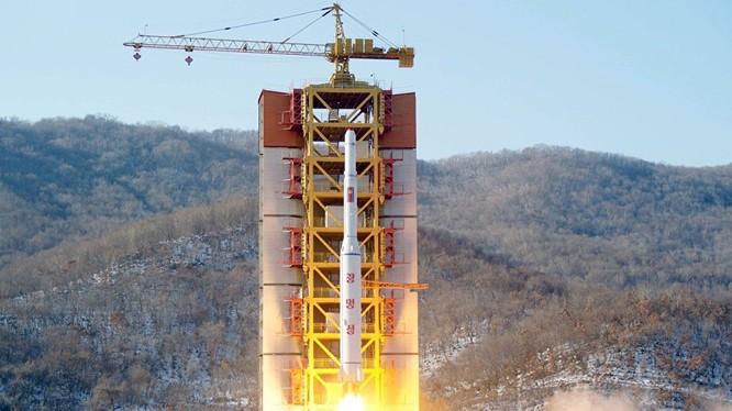 Vụ Bắc Triều Tiên phóng tên lửa: Mỹ nên tiên trách kỷ…