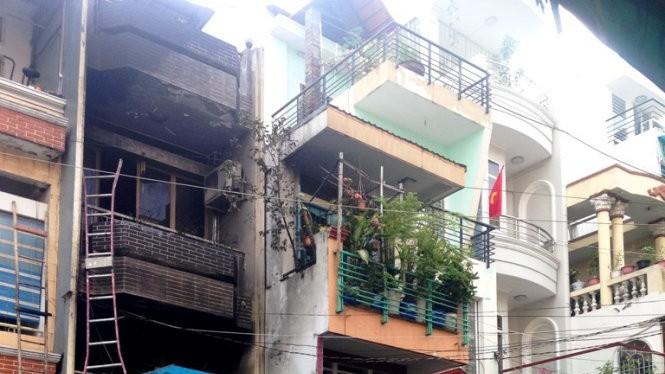 Ngôi nhà 2 tầng nơi xảy ra vụ cháy - Ảnh : Đại Việt