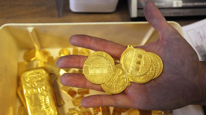 """Giá vàng SJC tăng """"sốc"""" cả triệu đồng trong phiên mở hàng năm Bính Thân"""