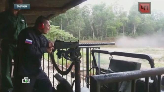 Clip đặc nhiệm Nga luyện tập đánh du kích ở Việt Nam
