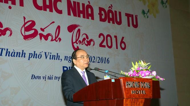 Phó Thủ tướng Nguyễn Xuân Phúc phát biểu tại Hội nghị. Ảnh: VGP/Lê Sơn