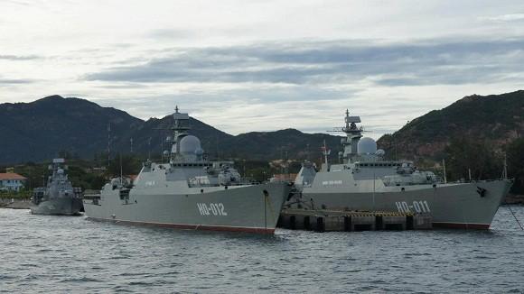 Cặp chiến hạm hiện đại Gepard 3.9 của Hải quân Nhân dân Việt Nam.