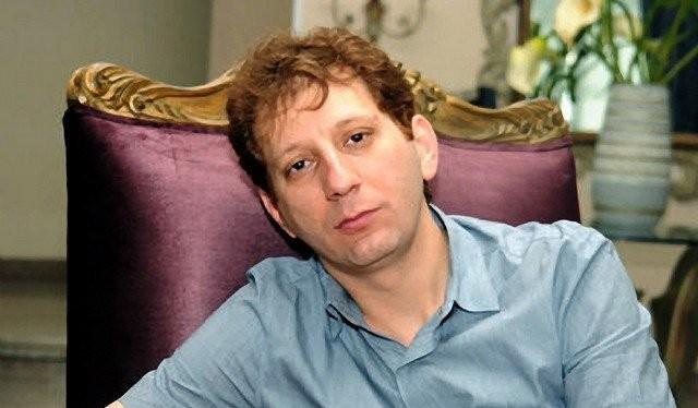 Tỷ phú Iran Babak Zanjani. Ảnh: Press TV