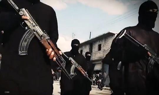 Các tay súng IS ở Syria. Ảnh: ARA News