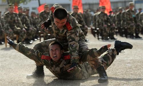 Binh sĩ Trung Quốc trong một khóa huấn luyện. Ảnh: BusinessInsider