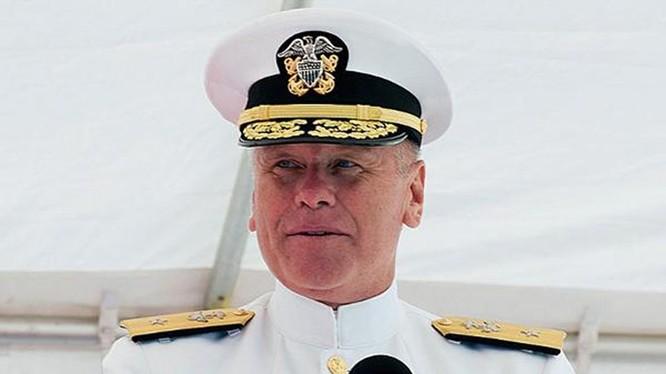 """Thiếu tướng hải quân Mỹ Richard Williams cũng bị phát hiện xem hình ảnh """"thiếu vải"""" tại căn cứ ở San Diego - Ảnh: Hải quân Mỹ"""