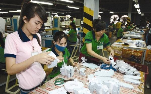 Trên thế giới chỉ có Việt Nam và Trung Quốc là đang áp dụng hình thức doanh nghiệp phải đóng tiền để nuôi hệ thống công đoàn, không phục vụ lợi ích gì cho doanh nghiệp. Ảnh: UYÊN VIỄN