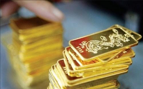 Giá vàng SJC khẽ tăng 30 nghìn đồng