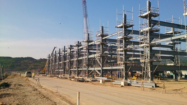 Liên hợp Lọc hoá dầu Nghi Sơn (Tĩnh Gia, Thanh Hoá) sẽ vận hành thương mại vào năm 2017.