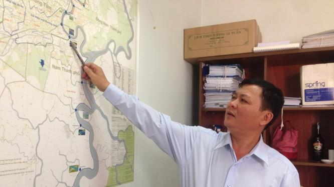 Ông Nguyễn Hoàng Anh Dũng cho rằng trong khi chờ các giải pháp chống ngập căn cơ thì cần phải có những phương án cấp bách để bảo vệ thành phố.