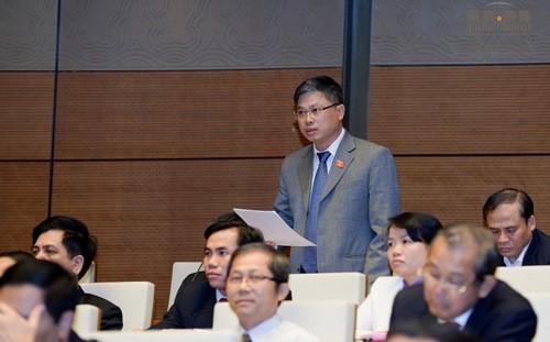 Đại biểu Nguyễn Sỹ Cương góp ý về dự án Luật Dược (sửa đổi)
