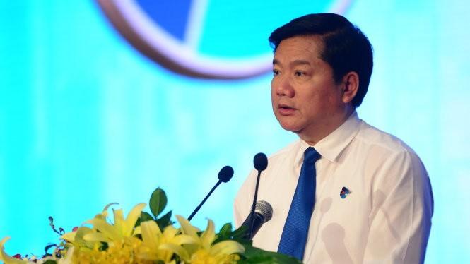Bí thư Thành ủy TP.HCM Đinh La Thăng phát biểu tại lễ kỷ niệm 85 năm Ngày thành lập Đoàn TNCS Hồ Chí Minh - Ảnh: Quang Định