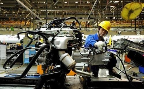 PMI ngành sản xuất của Trung Quốc tăng lên mức 50,2 điểm trong tháng 3, từ mức 49 điểm trong tháng 2 - Ảnh: Reuters.