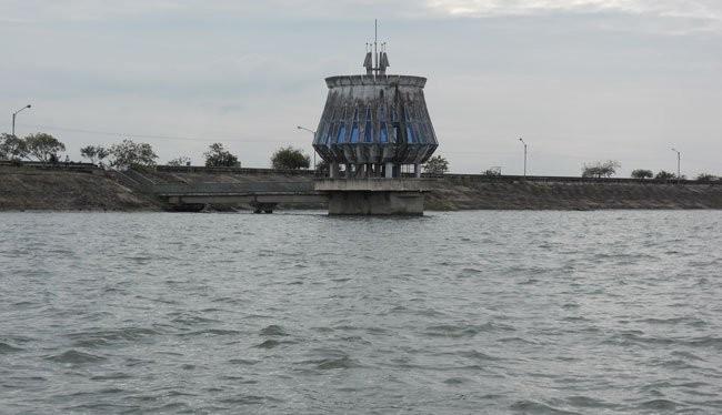 Hồ Dầu Tiếng chứa một lượng nước lớn đẩy mặn cho sông Sài Gòn - Ảnh: TL