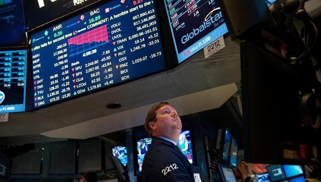 Bất ổn đang gia tăng với thị trường chứng khoán