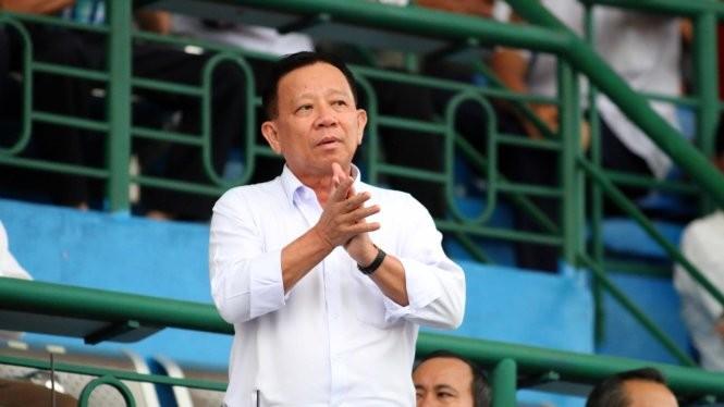 Lần đầu tiên VTF có hai ứng viên cho cuộc đua vào vị trí chủ tịch là ông Nguyễn Văn Hùng (trái) và ông Nguyễn Quốc Kỳ - Ảnh: N.K. - T.P.