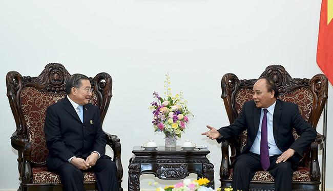 Thủ tướng Chính phủ Nguyễn Xuân Phúc đã tiếp ông Charoen Sirivadhanabhakdi, Chủ tịch Tập đoàn TCC, Thái Lan.