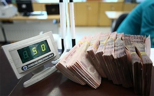 Với cơ chế chính sách đã định hình, các ngân hàng được xem xét giãn thời gian trích lập dự phòng cho trái phiếu đặc biệt VAMC từ 5 năm lên 10 năm. Chi phí liên quan theo đó bớt đè nặng lên lợi nhuận, mà được tính sau, theo thời gian dài hơn.