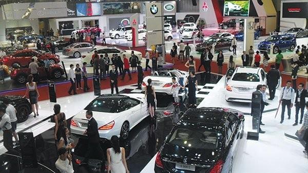 Thị trường ô tô thiếu sự cạnh tranh. Ảnh TL