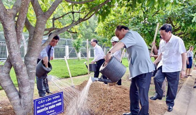 Thủ tướng Chính phủ kêu gọi chung tay, góp sức bảo vệ môi trường.