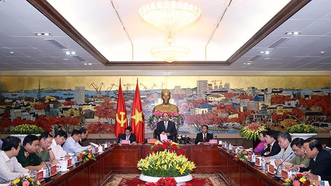 Thủ tướng Nguyễn Xuân Phúc thăm và làm việc tại Hải Phòng.
