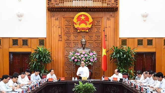 Thủ tướng Nguyễn Xuân Phúc làm việc với lãnh đạo chủ chốt tỉnh Thanh Hóa tại trụ sở Chính phủ.