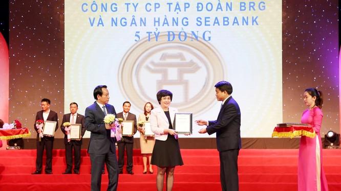 BRG và SeABank ủng hộ 5 tỷ đồng xây nhà cho người có công với cách mạng tại Hà Nội.