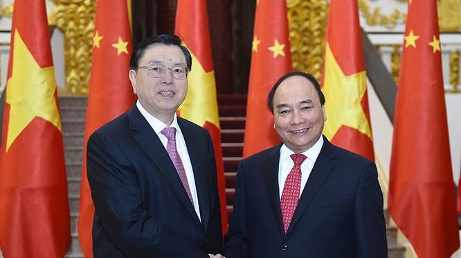 Thủ tướng Chính phủ Nguyễn Xuân Phúc đã có cuộc hội kiến với Ủy viên Thường vụ Bộ Chính trị, Ủy viên trưởng Ủy ban Thường vụ Đại hội đại biểu nhân dân toàn quốc (Nhân đại) Trung Quốc Trương Đức Giang .