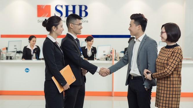 """SHB """"đo ni đóng giày"""" cho Tcy Xây dựng số 1 và các nhà phân phối của Vinamilk."""