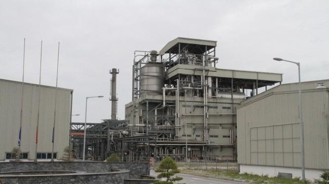 Nhà máy xơ sợi Đình Vũ đã ngừng hoạt động từ giữa năm 2015, bị âm vốn chủ sở hữu 528 tỉ đồng (tại thời điểm cuối năm 2015), chưa kể nợ phải trả gần 7.000 tỉ đồng.