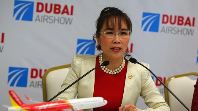 Bài viết của Forbes nói rằng bà Thảo sở hữu khối tài sản ròng 1,7 tỷ USD. Nhưng bảng xếp hạng tỷ phú của hãng tin này chưa thấy cập nhật tên của bà chủ Vietjet Air.