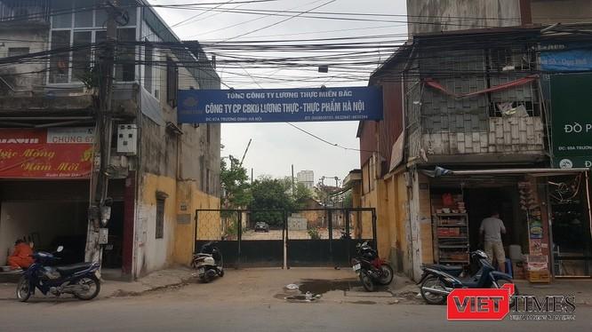 Trên nền trụ sở 67A Trương Định của Hanoi Food sẽ sớm mọc lên một tổ hợp bất động sản quy mô. (Ảnh: N.G)