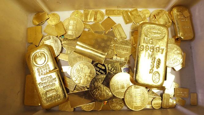 """Giá vàng """"dưỡng sức"""", giá đô cầm chừng. (Ảnh: MarketWatch)"""
