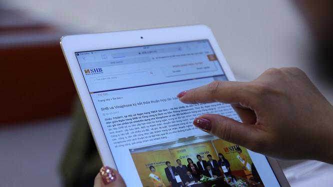 Hợp tác toàn diện với VNPT- Vinaphone, SHB ra khuyến mại cho hội viên VinaPhone Plus. (Ảnh: SHB)