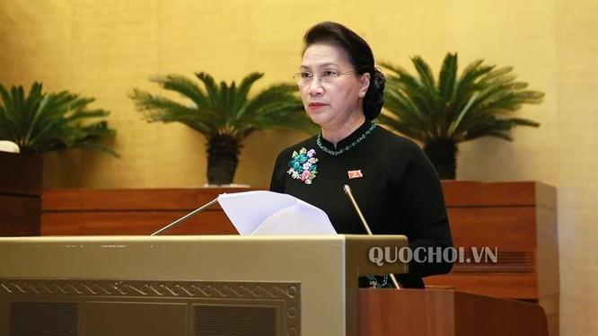 Chủ tịch Quốc hội Nguyễn Thị Kim Ngân phát biểu kết luận phiên chất vấn và trả lời chất vấn Kỳ họp thứ 6, Quốc hội khóa XIV. (Ảnh: Quốc hội)
