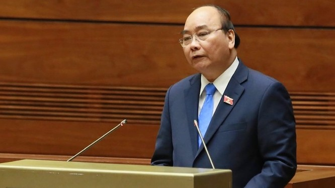 Thủ tướng Nguyễn Xuân Phúc phát biểu trước Quốc hội. Ảnh VGP/Nhật Bắc