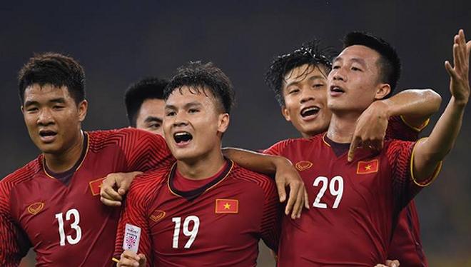 Trận chung kết lượt đi AFF Cup 2018 với Malaysia, Việt Nam có lợi thế khi ghi 2 bàn trên sân khách với tỉ số 2-2.
