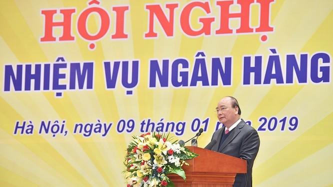 Thủ tướng Nguyễn Xuân Phúc phát biểu kết luận Hội nghị triển khai nhiệm vụ ngân hàng năm 2019. (Ảnh: VGP)