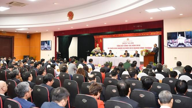 Toàn cảnh Hội nghị tổng kết công tác năm 2018 và triển khai nhiệm vụ năm 2019 ngành công thương. (Ảnh: VGP)