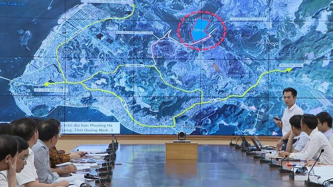 Tập đoàn FLC báo cáo với UBND tỉnh về những khó khăn vướng mắc trong triển khai dự án trên địa bàn tỉnh. (Ảnh: quangninh.gov.vn)