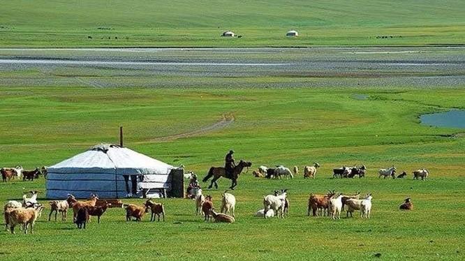 Đất nước Mông Cổ tươi đẹp, con người hiền hòa, đôn hậu.