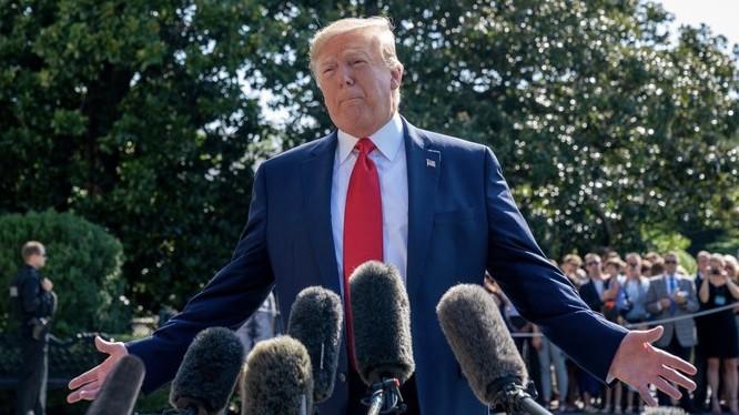 """Ông Donald Trump bất ngờ cáo buộc Trung Quốc là """"mối đe dọa của thế giới"""" được cho là đặt dấu chấm kết thúc rất tồi tệ cho cuộc đàm phán Trung - Mỹ lần này."""