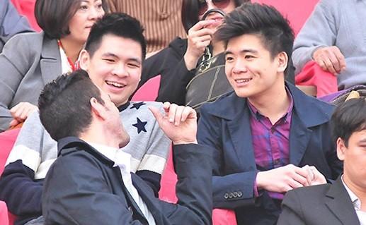 Đại thiếu gia Đỗ Quang Vinh và nhị thiếu gia Đỗ Vinh Quang nhà ông bầu Đỗ Quang Hiển.