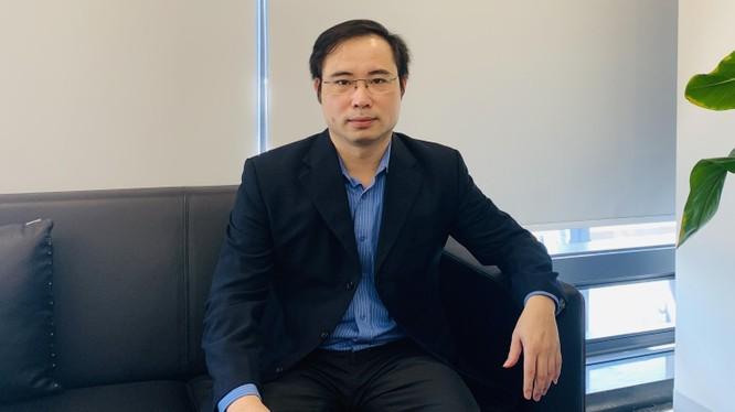 Ông Nguyễn Hữu Hạnh, Phó Cục trưởng Cục Tin học hóa