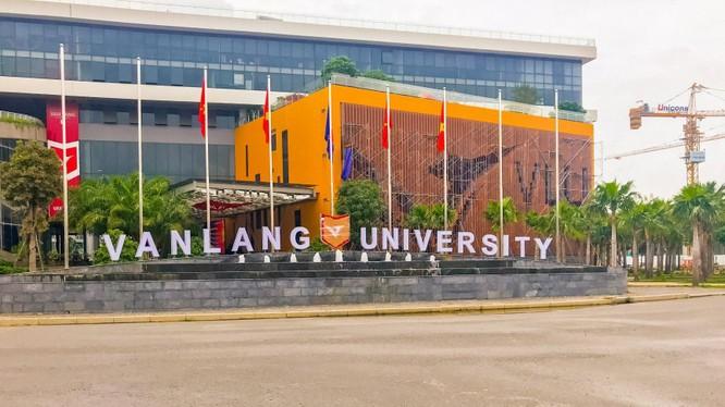 Trường Đại học Văn Lang, một thành viên của Tập đoàn Giáo dục Văn Lang.