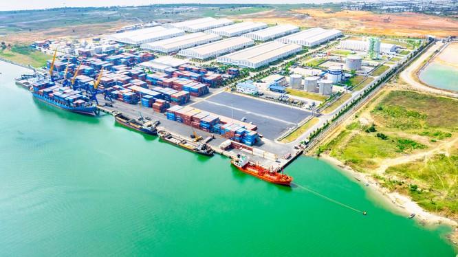 Cảng Chu Lai – cửa ngõ giao thương hàng hóa của miền Trung Việt Nam