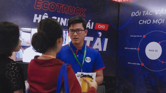 Ngoài dịch vụ chính là vận tải hàng hóa bằng xe tải, xe container, EcoTruck còn cung cấp các dịch vụ bổ trợ cho khách hàng như hải quan, cước tàu,... (Nguồn: EcoTruck)