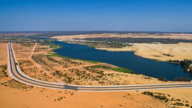 Một phần khu đất đăng ký dự án khu phức hợp Centraland nằm trong di tích Quốc gia danh lam thắng cảnh Bàu Trắng (Nguồn: Internet)