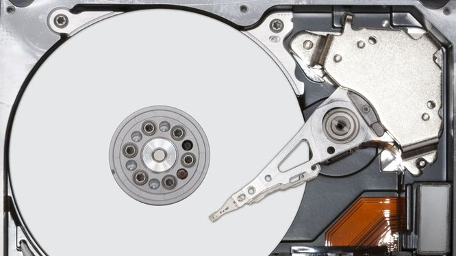 Bạn có chắc mình đã xóa hoàn toàn dữ liêu khỏi ổ cứng? (ảnh Lifewire)